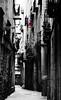 De las dudas sobre la existencia de Spiderman (mls2012) Tags: barcelona street blackandwhite black byn blanco canon cutout calle negro bcn spiderman streetphotography streetphoto muñeco barrio calles colgado mls gotico 60d me2youphotographylevel1