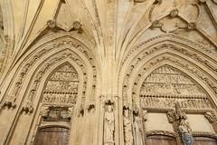 Catedral de Santa Maria, Vitoria-Gasteiz (jacqueline.poggi) Tags: españa architecture spain cathedral gothic catedral cathédrale espagne gothique vitoriagasteiz paísvasco álava catedralsantamaria architecturereligieuse openforworks