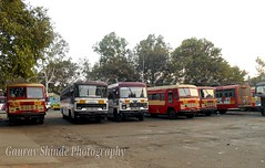 All MSRTC Buses In One Frame At inside Kolhapur depot (Gourav Shinde 94) Tags: bus buses antony kolhapur shivneri hirkani msrtc parivartan agcl flickrandroidapp:filter=none yeshwanti