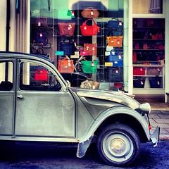 2CV (Flamenco Sun) Tags: 2cv handbags isle wight uploaded:by=flickrmobile flickriosapp:filter=nofilter