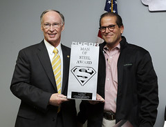 03-14-2014 Nucor Steel honors Governor Bentley with
