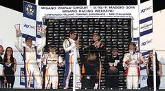Salvador en el podium.