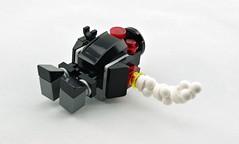 Clunk (Deltassius) Tags: broken robot war lego military frame scifi crappy mecha mech mf0