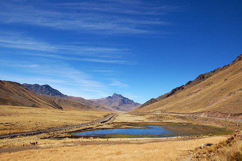 "Peru - w drodze do Cusco <a style=""margin-left:10px; font-size:0.8em;"" href=""http://www.flickr.com/photos/125852101@N02/16539510221/"" target=""_blank"">@flickr</a>"