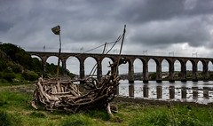 Berwick Upon Tweed 28 (View From The Chair Photography) Tags: bridge sculpture reflection river landscape boat driftwood