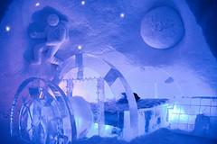 Lainio (blinkenpilzen) Tags: ice suomi finland hotel bed space astronaut snowvillage lainio
