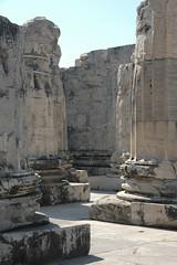 DSC_0073 (chaudron001) Tags: turquie favoris lieu didymetempledapollon