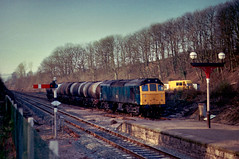 A Sulzer and a Leyland (Dave McDigital) Tags: yard rat goods 25 signal ulverston semaphore 25309 class25