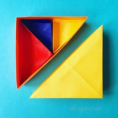 Triangular box with compartments. (catherine.moore44) Tags: geometric paper japanese origami box craft paperfolding papiroflexia 折紙 paperbox tomokofuse 折り紙