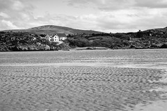 BWJPG---IMG_6418 (r4ytr4ce) Tags: ireland blackandwhite beach landscape 50mm boat eire donegal ire trchonnaill