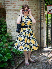 Saturday walk (blackietv) Tags: black flower floral yellow vintage outside dress outdoor crossdressing tgirl transgender transvestite housewife crossdresser wedges