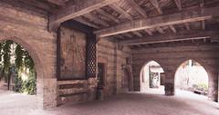 Panoramica (conteluigi66) Tags: portico affresco luigiconte archi giardino panchina riposo travi legno