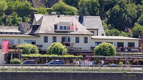 2014 F28 Rhine Cruising-08