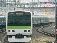 E231 (17) (Transrail) Tags: tokyo emu yamanoteline jreast e231 electricmultipleunit tokaidomainline eastjapanrailwaycompany kawasakiheavyindustries tokyucarcorporation