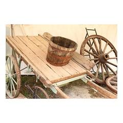 (tifanm_laurent) Tags: rural exhibition exposition agriculture bois bac roue charrette agricole