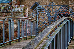 Kein Durchgang (kathrin275) Tags: door bridge wall closed eingang entrance railing tor brcke mauer gelnder