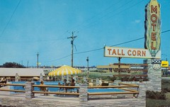 Tall Corn Motel Motor Inn - Davenport, Iowa (The Pie Shops Collection) Tags: vintage inn postcard motel iowa motor bestwestern davenport aaa awesomesign tallcorn