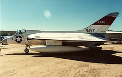 94-5-5A Douglas F4D-1 Skyray Pima (wbaiv) Tags: douglas f4d1 skyray us navy all weather interceptor fighter 1950s ed heinemann shipboard aircraft carrier tailless no horizontal stabilizer 20mm cannon 4x 2x sidewinder infared seeker guided missile marines norad pima air space museum county arizona tucson 1994 1995 above looking down top toppside profile gray airplane plane outdoor vehicle port side landing gear wheel wells tire alighting airplanesalbum flying machine