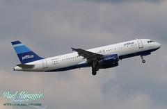N517JB (PHLAIRLINE.COM) Tags: blue moon flight airline planes airbus jetblue philly airlines phl spotting bizjet generalaviation spotter philadelphiainternationalairport a320232 kphl n517jb
