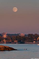 West Coast Moon Rise (C McCann) Tags: ocean sunset sea moon kayak bc pacific harbour britishcolumbia victoria vancouverisland moonrise rise juandefuca westcoast strait kayakers