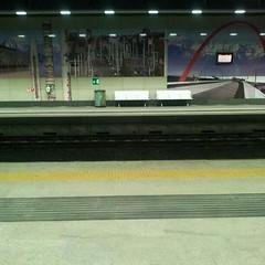 torino portasusa (stegdino) Tags: station train bench rail railway stazione treno panchina binario