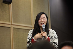 A Sungkyunkwan University student asks World Bank Group President Jim Yong Kim a question on how Korean students can look for opportunities to work globally (World Bank Photo Collection) Tags: asia korea worldbank eastasia jimkim jimyongkim