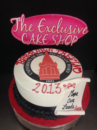 Uiw Graduation Cake