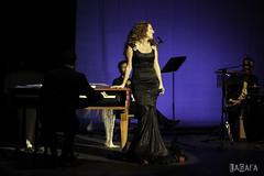 Laura Gallego (LaGafa) Tags: sevilla concierto flamenco gafa copla lauragallego rocojurado lagafa teatroquintero