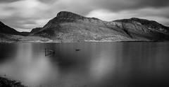 A Maree View. (Gordie Broon.) Tags: longexposure winter bw mountain nature monochrome landscape scotland scenery alba scenic escocia hills highwater schottland lochmaree gairloch westerross ecosse 2014 scozia scottishhighlands canon1740l kinlochewe letterewe nd110filter bwnd110 beinnamhuinidh gleannbianasdail gordiebroonphotography canon5dmklll highloch sunkenplatform