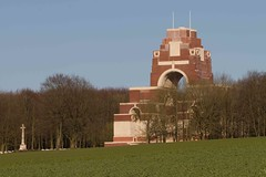 Thipeval Memorial (Pix&Nature) Tags: france cemetery memorial war 14 wwi 16 18 80 1914 commonwealth 1418 1918 picardie bataille 1916 cimetire somme thiepval premireguerremondiale