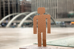 20140418_0486_small (close-up.biz) Tags: street city travel urban toronto man glass modern standing vintage design small watch tourist dirty cardboard template muddy onealone