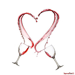 Liquid Heart (Imperean) Tags: red color colour love water photography gavin drops rojo heart amor fast move drop gotas form gota splash liquids liquid copa corazon forma liquido hoey liquidos adorama