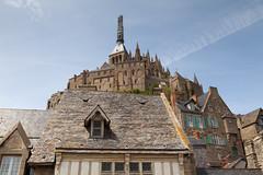 Abbey over the Grande Rue | Mont Saint Michel-29 (Paul Dykes) Tags: montsaintmichel montstmichel normandy normandie france coast coastal sea seaside baiedumontstmichel lemontsaintmichel granderue roof rooftops