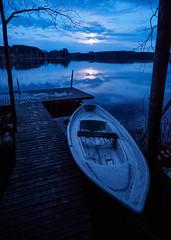 Chance for Escape! (trm42) Tags: moon lake reflection clouds dark boat jetty row midnight rowing moonshine y pilvet jrvi heijastus soutuvene kevt laituri synkk keskiy