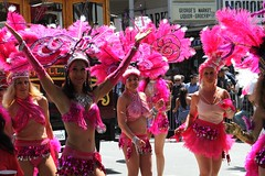 (DanceAndRun) Tags: sf carnival pink san francisco breast cancer carnaval cure manal