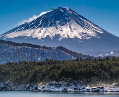 2016 January Fuji (shinichiro*_back) Tags: 20160125sdim0252 2016 crazyshhin sigmasd1merrill sd1m sigma18300mmf3563dcmacrooshsm winter january fuji lakesaiko    candidate