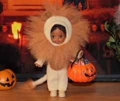 Halloween 2015 IMG_3790 (Creative.Gal.62) Tags: fall halloween ken barbie tommy kelly diorama