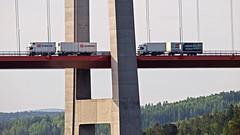 Lorries on the High Coast bridge (Franz Airiman) Tags: bridge cruise truck sweden lorry cruiseship scandinavia suspensionbridge norrland hgakusten lastbil birka highcoastbridge hgakustenbron kryssning highcoast birkacruises kryssningsfartyg hngbro lngtradare