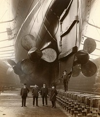 Drydocked Mauretania, 1906 [880x1032] #HistoryPorn #history #retro http://ift.tt/262gaNJ (Histolines) Tags: history retro timeline 1906 drydocked vinatage mauretania historyporn histolines 880x1032 httpifttt262ganj