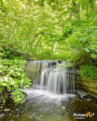 Upper Bridal Veil Falls (Michigan Nut) Tags: usa nature vertical outdoors waterfall michigan scenic falls upperpeninsula bridalveilfalls picturedrocksnationallakeshore upperbridalveilfalls