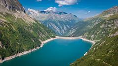 Zillertal_066  Zillergrndlsee (wenzelfickert) Tags: lake mountains way landscape austria see tirol sterreich hiking dam reservoir berge trail wandern zillertal weg wanderweg stausee staumauer zillertaleralpen zillergrndl umgmayrhofen zillergrndlsee