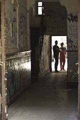 Eingang (kohlmann.sascha) Tags: street people house streetart man building berlin de deutschland graffiti stair eingang entrance streetphotography haus stairwell menschen treppe staircase mann graffito gebude mensch treppenhaus streetfotografie strasenfotografie straenfotografie gebude