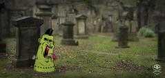 se despiertan los invitados!!! ... (.:CALACA:.) Tags: illustration photoshop zombie muertos illustrator zombies calaca cementrio