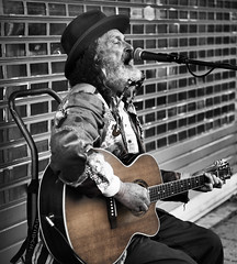 DSC_6418 (Sharedeyes) Tags: blackandwhite man contrast guitar seat singer shutters microphone selectivecolour sinning