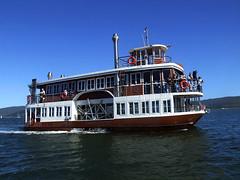 Ferry - Knysna Paddle cruiser