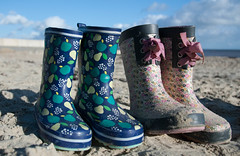 Two pairs of beach wellies (Snoop Baggie Bag) Tags: holiday beach dorset wellies symondsbury 2013 badgermoot