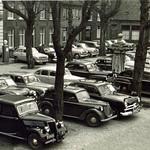 "Grote Markt 1951 <a style=""margin-left:10px; font-size:0.8em;"" href=""http://www.flickr.com/photos/99860362@N04/11131058303/"" target=""_blank"">@flickr</a>"