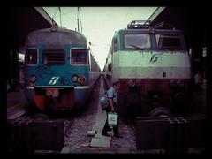 Locomotiva elettrica ALe 841  , FS E.444R (OLDLENS24) Tags: italy electric train italia ale railway locomotive treno italie fs ferrovia électrique elettrica locomotiva 841 e444r ferroviaire e444 itle