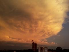 Espetculo da natureza (IgorCamacho) Tags: sunset summer brazil sky cloud storm paran weather brasil clouds spectacular amazing day cu southern cielo nubes tormenta nuvens vero nuvem tempo sul anoitecer severe clima mammatus severo supercell espetacular superclula