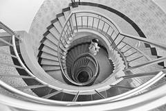 迴 Round and Round (Singer 晴哥) Tags: china bw monochrome stairs composition canon geometry avatar singer sec 16mm f4 黑白 幾何 中國 zhangjiajie oneshot 人文 140 大陸 隨拍 湖南 張家界 攝影 iso160 樓梯 市區 構圖 旋轉 迴旋梯 洗衣服 大三元 單色 canon6d 迴旋 阿凡達 下樓 singer186 晴哥 延伸感 二代鏡 canonef1635mmf28lⅱusm 點景 螺旋式 李軍聲畫院